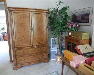 Large armoire chest (matches canopy bed and other pieces)