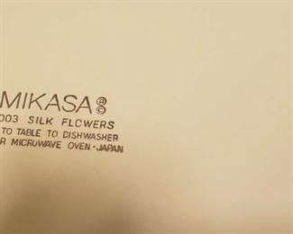 MIKASA SILK FLOWERS LOGO