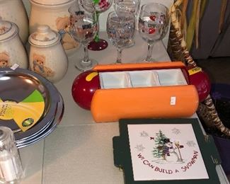 Put your condiments for the hotdogs and this really unusual tray. Armor hotdogs anyone.