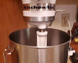 Kitchen Aid Mixer with attachments.