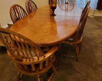 Very Solid Wood Table.  MINT