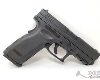 """320:  Springfield Armory XD45 Semi-Auto .45 ACP Pistol, CA Transfer Available Serial Number: XD723997 Barrel Length: 4"""" Includes original case, 3 10rd magazines, holsters, and speed loader"""