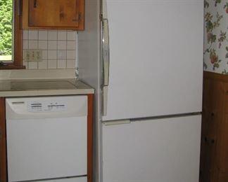 Dishwasher/refrigerator