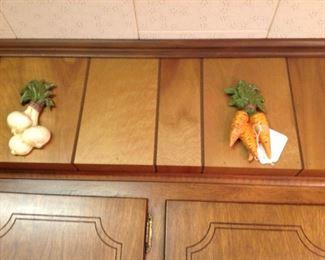 Vintage vegetables plaques