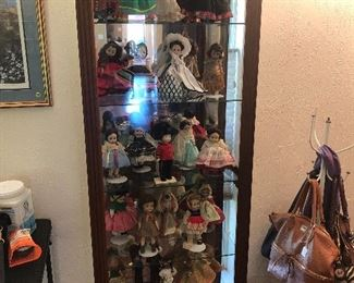 Display Case, Madame Alexander Dolls