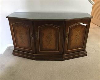Habersham Credenza https://ctbids.com/#!/description/share/191846