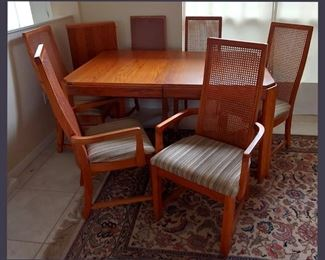 Formal Dinette Set with 6 Chairs and Extra Leaf