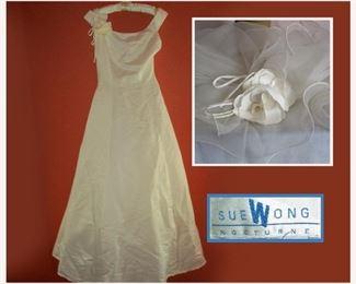 Sue Wong Wedding Dress with Veil, Size 2