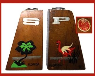 Mid Century Modern Florida Souvenir Salt and Pepper Shakers with Original Paper Label, GF Japan, A Palm Tree on the Salt and a Flamingo on the Pepper