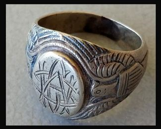 Vintage Military Class Ring