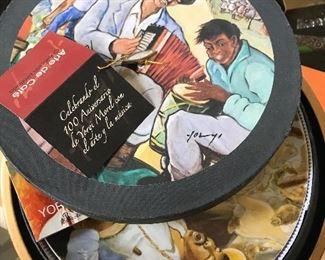 Yoryi Morel plates in musical box