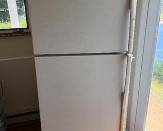 Good condition working refrigerator must be picked up by this Sunday $45