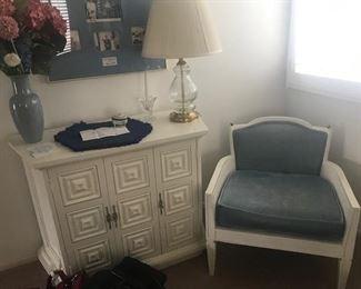 •White Late 60's Hollywood Regency Bedroom Set