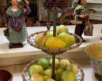 Veggie or fruit holder
