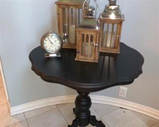 Pie Crust table and 3 lanterns-desk clock