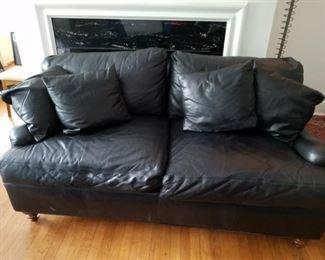 Very nice leather sofa