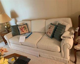 #8cream sofa 7 foot  $100.00