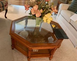 #10bassett octangle glas top coffee table 38x15 $75.00