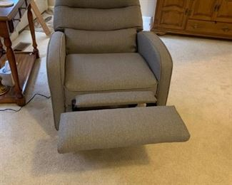 #18		Raffell gray fabric mid centry look electric recliner chair used only a few times 	 $375.00
