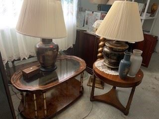 real wood coffee table and side accent table, lamps