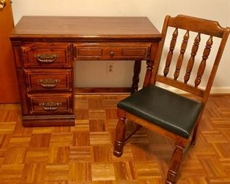 Lea desk with chair