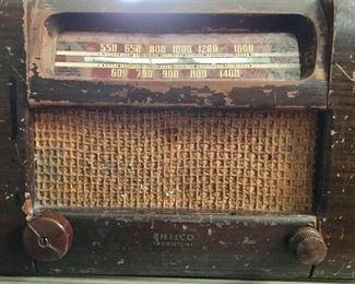 Antique Philco Transitone radio