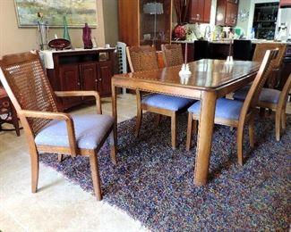 MID CENTURY MODERN BIRD'S EYE MAPLE DINING TABLE AND 6 CHAIRS, BLUE RUG