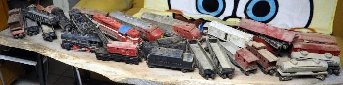Vintage Lionel Lines Electric Model Train Cars, Including Engines, Box And Cargo Cars, Qty. 25 Cars