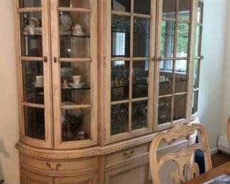 China cabinet & dining table & chairs