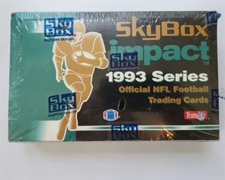 1993 NFL unopened pack of 36 trading cards