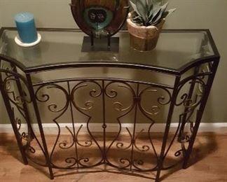 edB4 iron foyer table