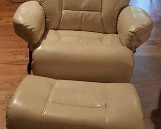 edB5 leather stressless chair