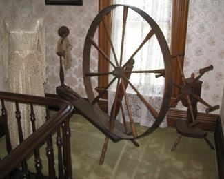 Spinning wheel, flax wheel