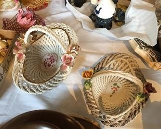 Basket on right is available