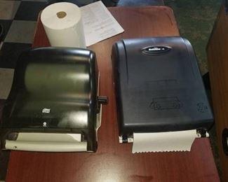 2 Paper Towel Dispensors