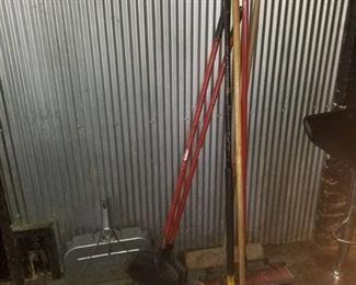 Push Brooms, Deck Brooms and Dust Pan