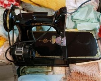 Singer Featherwieght sewing machine