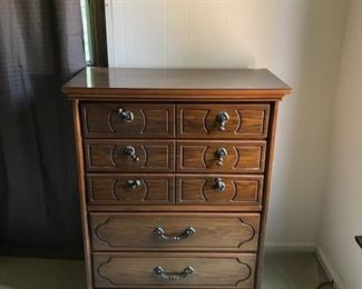 Chest of drawers Bedroom suit 2