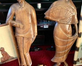 Carved wood Figurines
