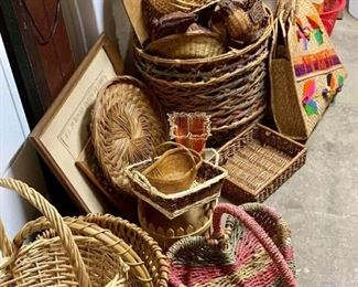 Tons of baskets is all shapes and sizes!