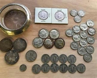 Morgan and Peace silver dollars; Standing Liberty quarters; other vintage coins.