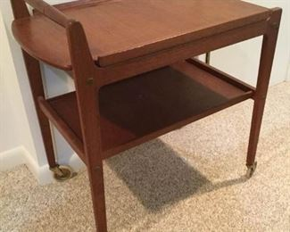 Vintage Bar Cart  https://ctbids.com/#!/description/share/193659