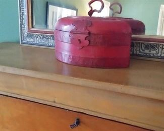 beautiful red box