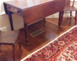 mahogany drop leaf table with 2 drawers