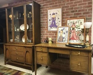 Broyhill Brasilia desk (as is, missing the vanity panel)