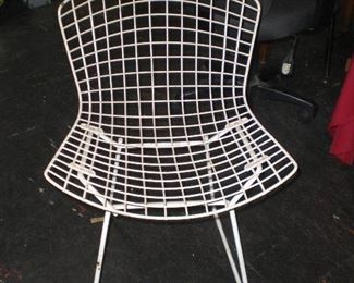 Harry Bertoia for Knoll mid-century wire frame chair