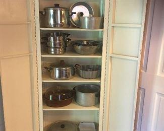 Vintage metal cabinet / Cookware