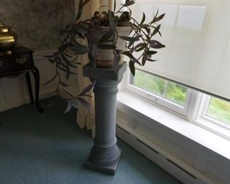 Wandering Jew plant, plant stand
