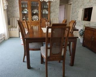 dinning table, 6 matching chaire