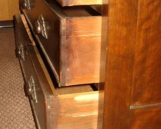 Dovetail Drawer Construction